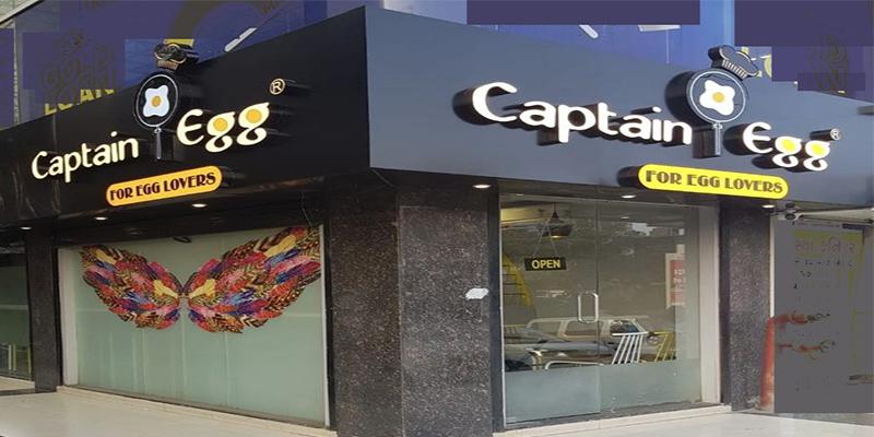 Captain Egg Banner