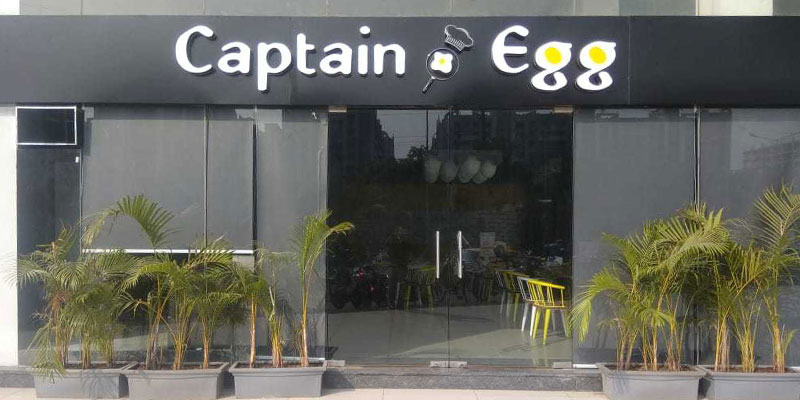 Captain Egg Banner